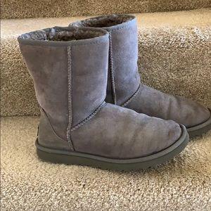 Ugg Australia Classic Short Boots - Gray  size  8